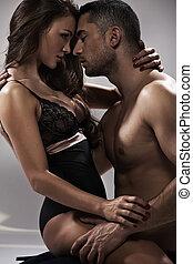 sensuale, atteggiarsi, di, un, attraente, coppia