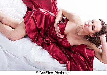 sensuell, kvinna, höjande, med, röda siden