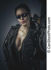 sensuell, kvinnlig polis, med, latex, dräkt