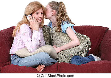 sentado, sofá, teléfono, chismoso, amigos, mejor