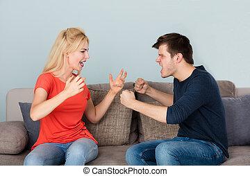 sentando, discutir, sofá, outro, cada, par