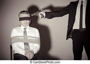 sentando, kidnapper, jovem, amarrado, enquanto, formalwear,...