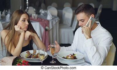 sentiment, restaurant., occupé, relation, séance, mobile, ...