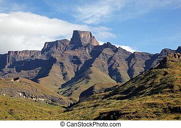 Drakensberg mountains - Sentinal peak in the amphiteater of ...