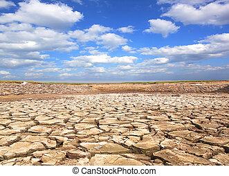 sequía, cielo azul