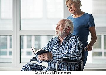 sereno, vecchio, sperimentare, coppia, sposato, insieme, difficoltà