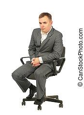 serio, hombre de negocios, se sienta, en, silla