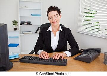 serio, secretario, keybord, ella, mecanografía