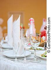 served wedding table in the restaurant for dinner