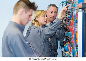 serveur réseau, ingénieurs, salle