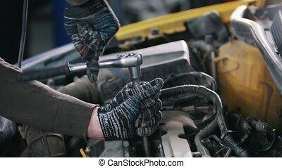 service, voiture, -, détail, mécanicien, auto, unscrews
