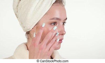 serviette, peau, jeune, elle, maison, peignoir, crème, ...