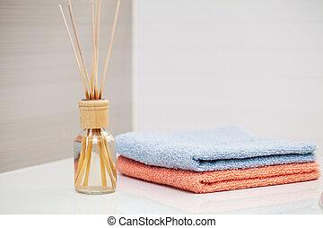 serviettes, table, arrière-plan., blanc, baignez salle