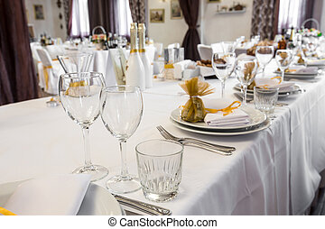 serving wedding table