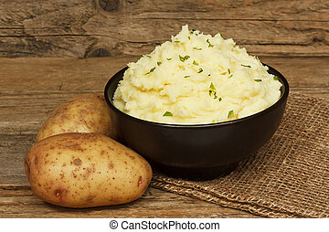servire, ha pestato patata