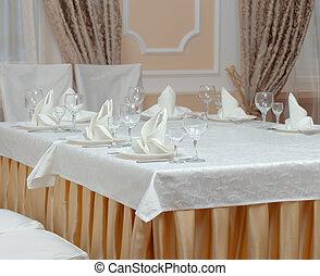 servito, tavola, ristorante