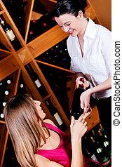 servitris, anbud, flaska, röd vin