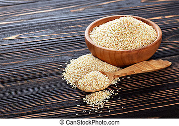 sesame seeds in bowl