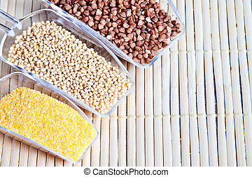 Set cereals for a healthy diet.