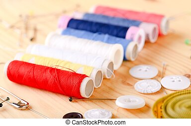Set of color tailoring threads