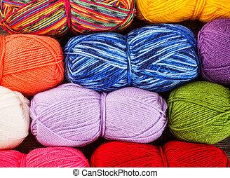 Set of yarn