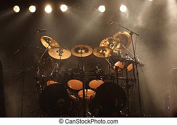 set, tamburi, palcoscenico