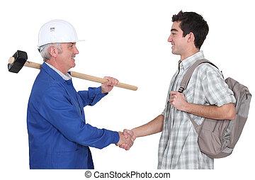 seu, experimentado, Novo,  tradesman, reunião, aprendiz