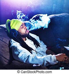 seu, marijuana, sofá, fumar, homem, fresco