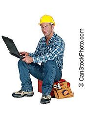 seu, sentando,  laptop, usando,  toolbox,  tradesman