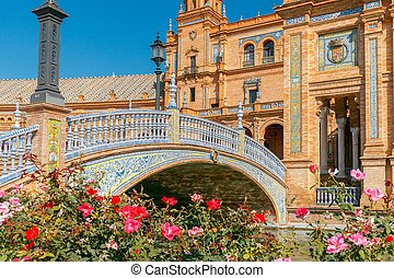 Seville. Spanish Square or Plaza de Espana. - Facades of...