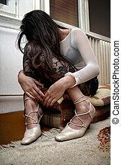 Sex trafficking - Crashed woman victim of international sex...