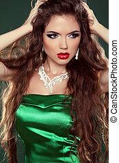 sexig, girl., skönhet, sätt modellera, kvinna, rörande, henne, länge, och, hälsosam, brun, hair., brunett, flicka, in, elegant, dress.