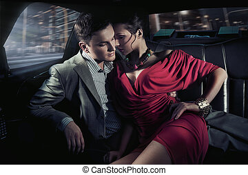 sexig, sittande, par, i bil