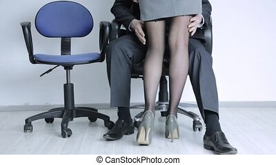 sexual secretary comes to boss, businessman grabs a ...
