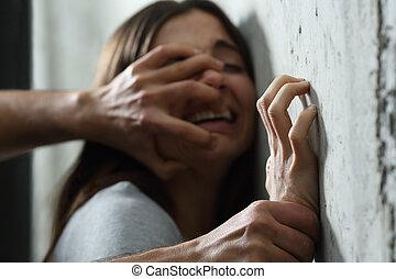 sexuellt missbruk, man, överfalla, till, a, kvinna