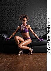 sexy, afrykańska amerykańska kobieta, skóra, i, bielizna