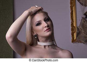 Sexy blonde woman face closeup