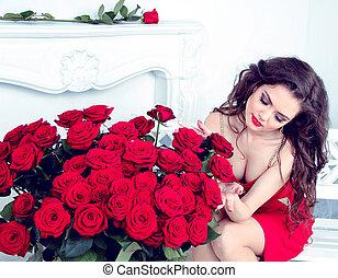 6b2c630433f069 Piękna kobieta, bukiet, nowoczesny, róże, izba, brunetka, sexy ...