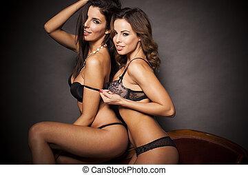 sexy, coppia, biancheria intima, lesbica