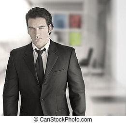 sexy, exitoso, hombre de negocios