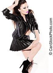 sexy, femme, dans, cuir noir, minijupe