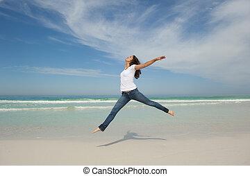 sexy, femme, plage, sauter, heureux
