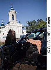 sexy, kobieta, nogi, wóz