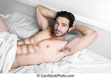 sexy, samiec, wzór, uśmiech, w łóżku