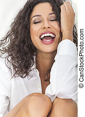 sexy, sensueel, lachen, gelukkige vrouw, in, ecstacy