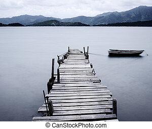 sguardo, su, banchina, e, barca, basso, saturazione
