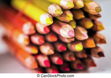 Shades of red pencils - Assortment of colored drawing...
