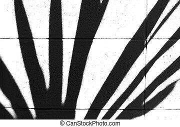Shadow pattern jagged edge form