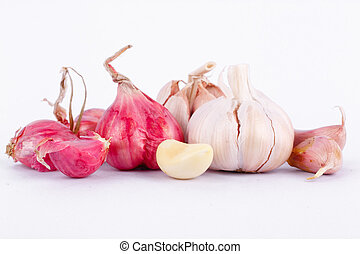 Shallots (red Onion) and garlic