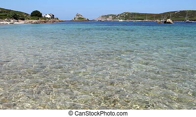 Shallow sea water Isles of Scilly. - Shallow clear sea water...